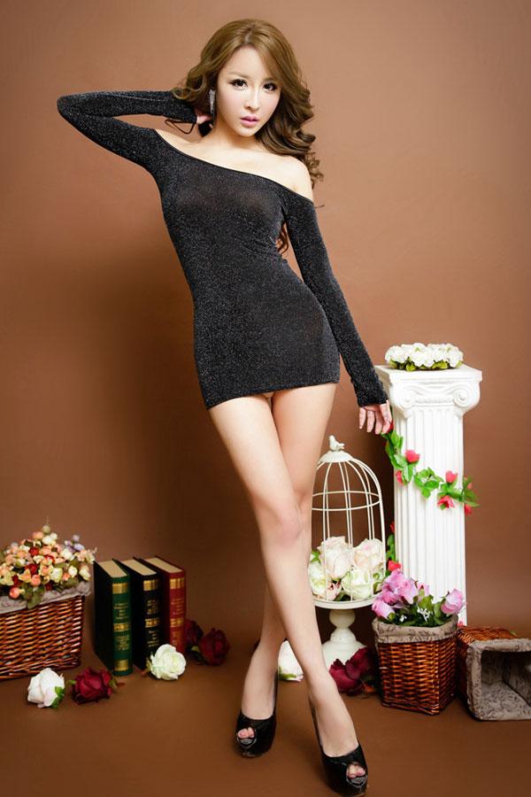 セクシー下着の通販商品:ラメ入り・オフショルダー・タイトドレス・シルバー・イメージ写真2