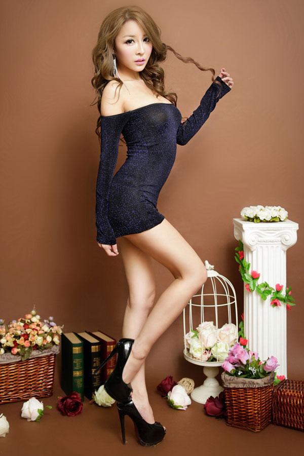 セクシー下着の通販商品:ラメ入り・オフショルダー・タイトドレス・ブルー・イメージ写真1