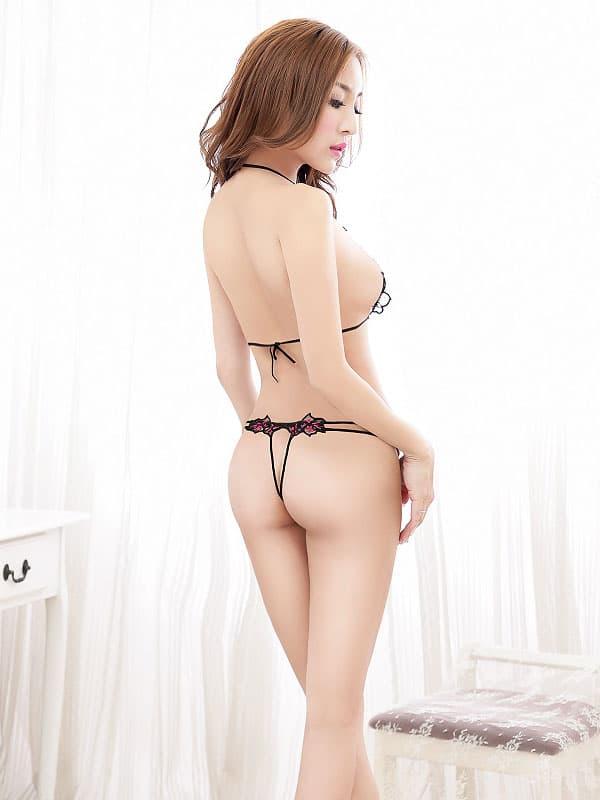 セクシー下着の通販商品:トップがでちゃう!フルオープンブラセット・黒・イメージ写真3