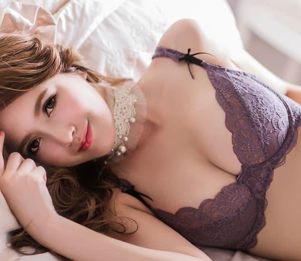 セクシー下着の通販商品:エレガントなセミシースルー・ノンパッド・ワイヤー入りブラセット・紫・日本サイズC70/D70/C75/D75・イメージ写真2