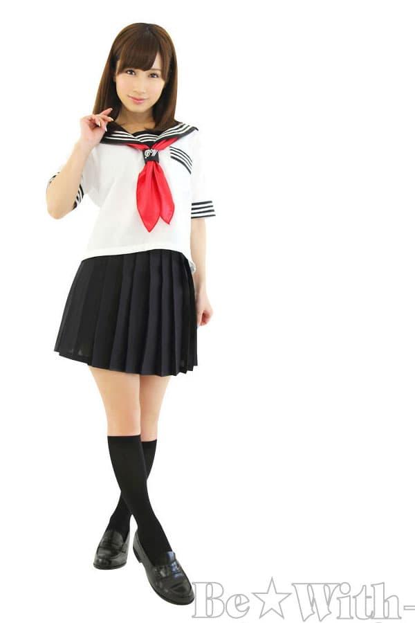 セクシー下着の通販商品:セーラー服(白/黒)・半袖・スカーフ・イメージ写真2
