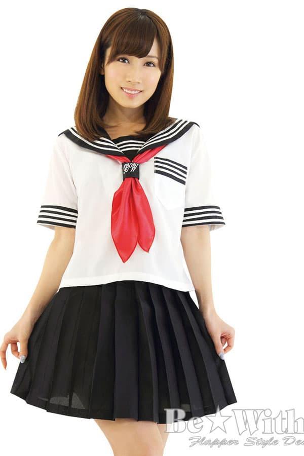 セクシー下着の通販商品:セーラー服(白/黒)・半袖・スカーフ・イメージ写真3