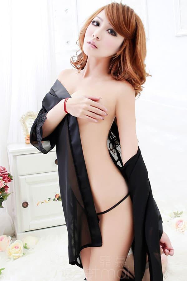 セクシー下着の通販商品:夜の装い!セミロング・シースルー・ナイトガウン・黒・イメージ写真2