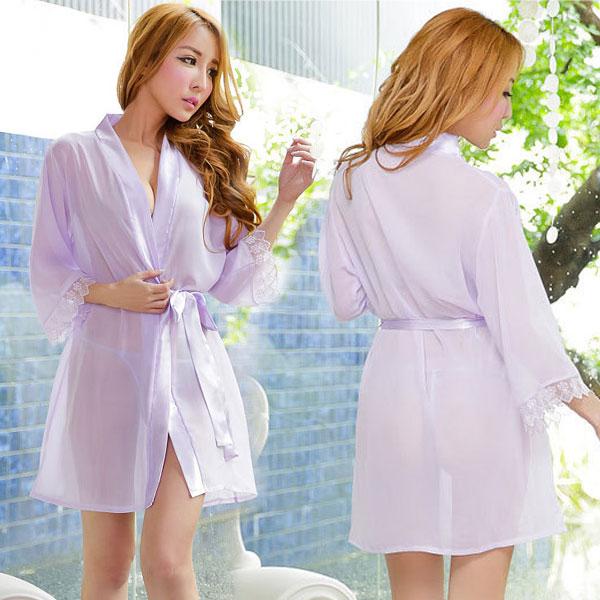 セクシー下着の通販商品:夜の装い!セミロング・シースルー・ナイトガウン・ラベンダー・イメージ写真