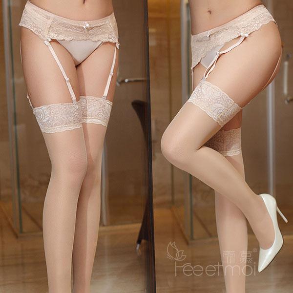 セクシー下着の通販商品:3段ホック・ガーターベルト・ベージュ・イメージ写真3
