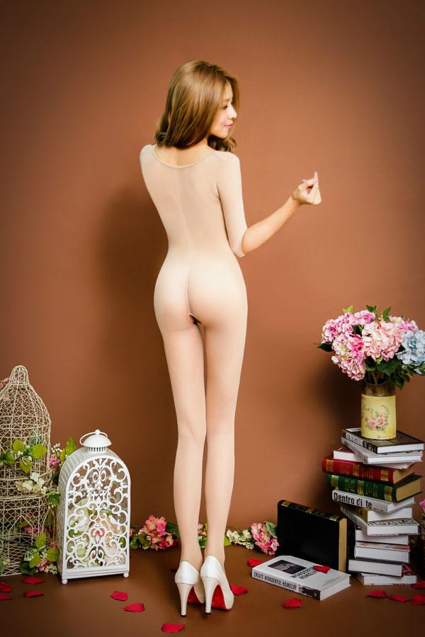 セクシー下着の通販商品:七分袖・オープンボディストッキング・ベージュ・イメージ写真3