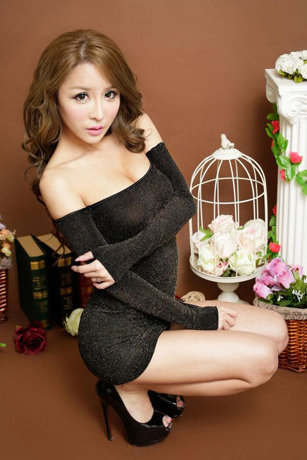 セクシー下着の通販商品:ラメ入り・オフショルダー・タイトドレス・ゴールド・イメージ写真3