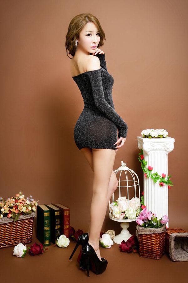 セクシー下着の通販商品:ラメ入り・オフショルダー・タイトドレス・シルバー・イメージ写真4
