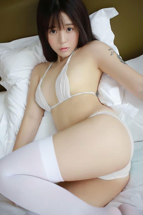 セクシー下着の通販商品:グッときちゃう!さらさらシースルービキニ・白・イメージ写真3