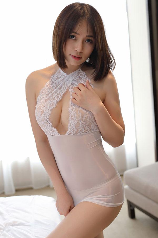 セクシー下着の通販商品:ホルターネック・タイトドレス・白・イメージ写真3
