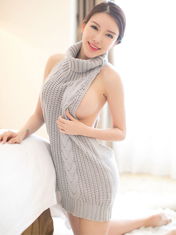 セクシー下着の通販商品:悩殺!背中が大きく開いたセーター・グレー・イメージ写真3