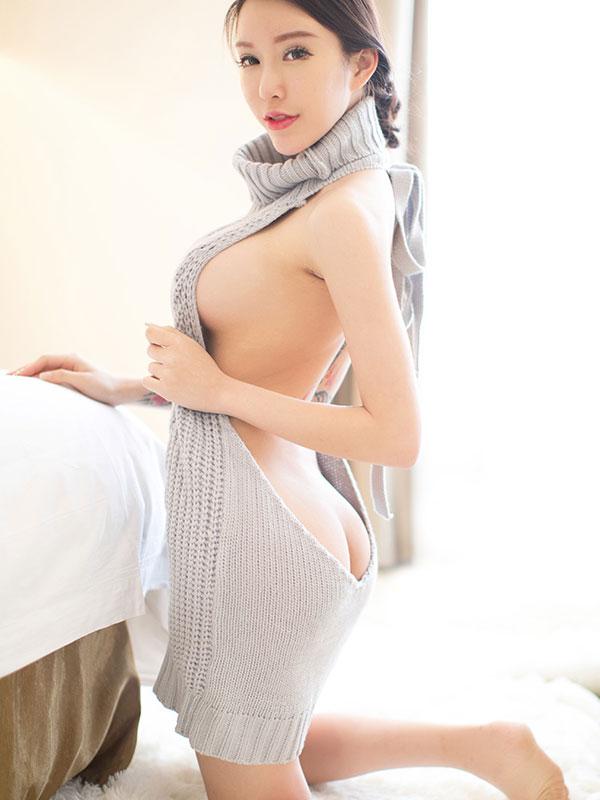セクシー下着の通販商品:悩殺!背中が大きく開いたセーター・グレー・イメージ写真4