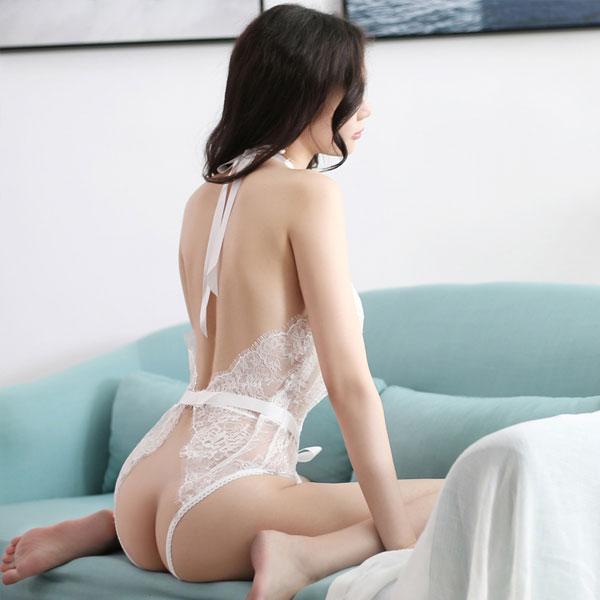 セクシー下着の通販商品:お尻がでちゃう!びっくりシースルー・テディ・イメージ写真3