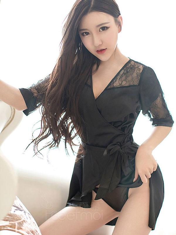 セクシー下着の通販商品:魅惑のショートナイトガウン・イメージ写真3