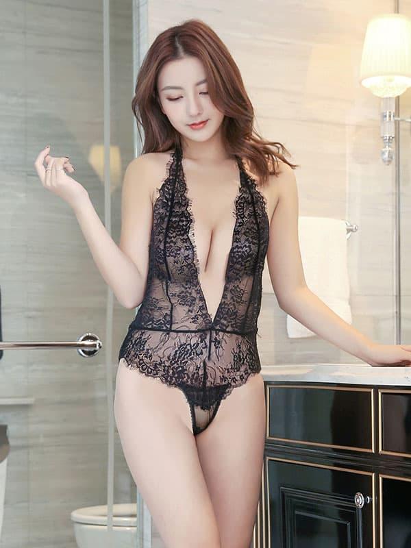 セクシー下着の通販商品:お尻がでちゃう!びっくりシースルー・テディ・黒・イメージ写真2
