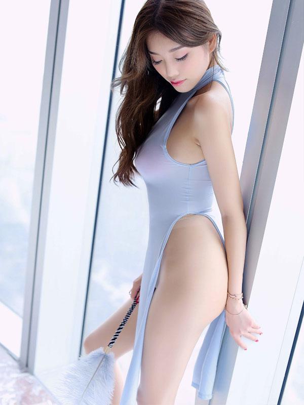 セクシー下着の通販商品:チャイナ風ロングスリット・セクシードレス・水色・イメージ写真2