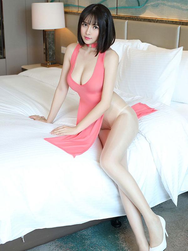 セクシー下着の通販商品:チャイナ風ロングスリット・Vカットセクシードレス・パッションピンク・イメージ写真2