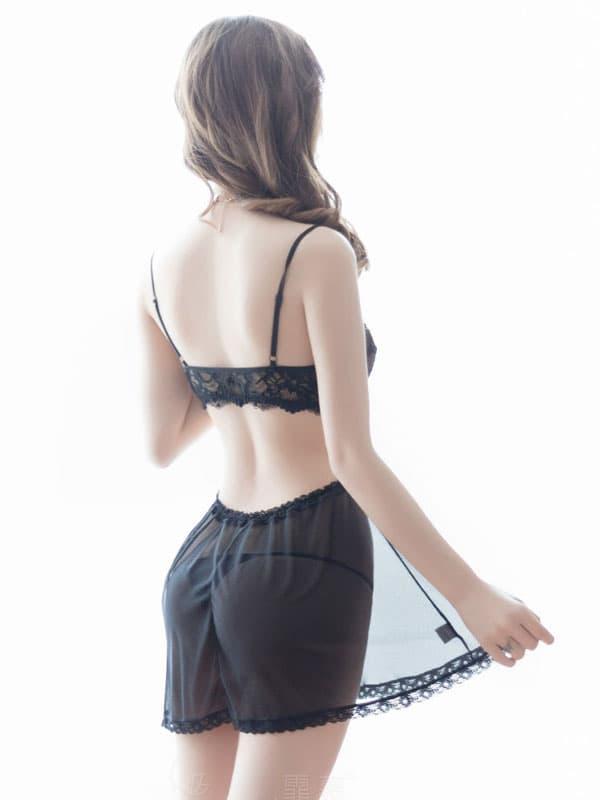 セクシー下着の通販商品:ゆったり腰回りのシースルーベビードール・黒・イメージ写真3