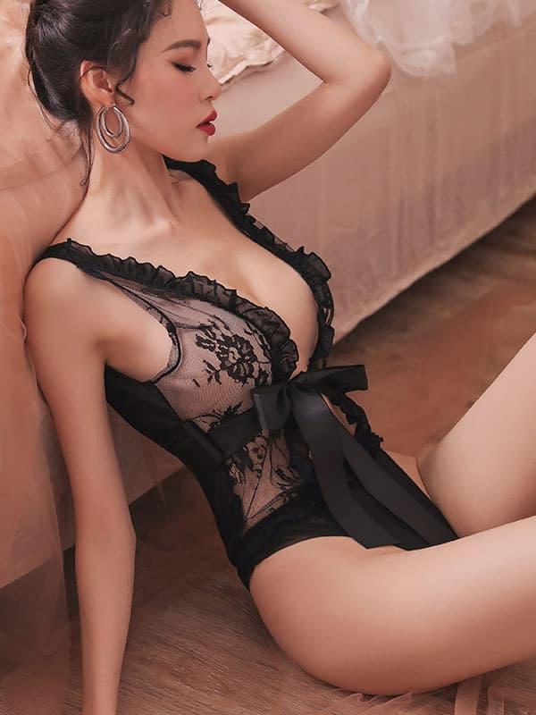 セクシー下着の通販商品:魅惑のシースルーテディ・黒・イメージ写真2