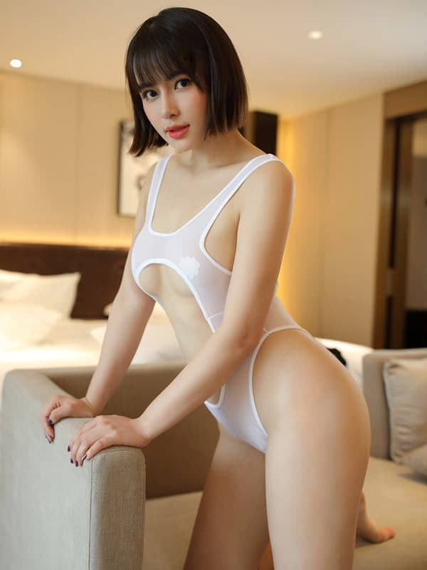 セクシー下着の通販商品:あいちゃう!はみ乳オープンハイレグ・レオタード・白・イメージ写真2