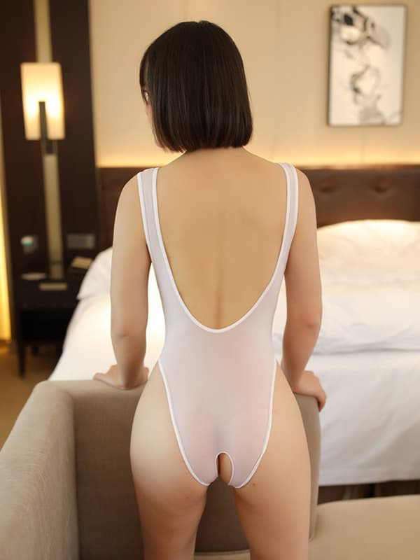 セクシー下着の通販商品:あいちゃう!はみ乳オープンハイレグ・レオタード・白・イメージ写真4