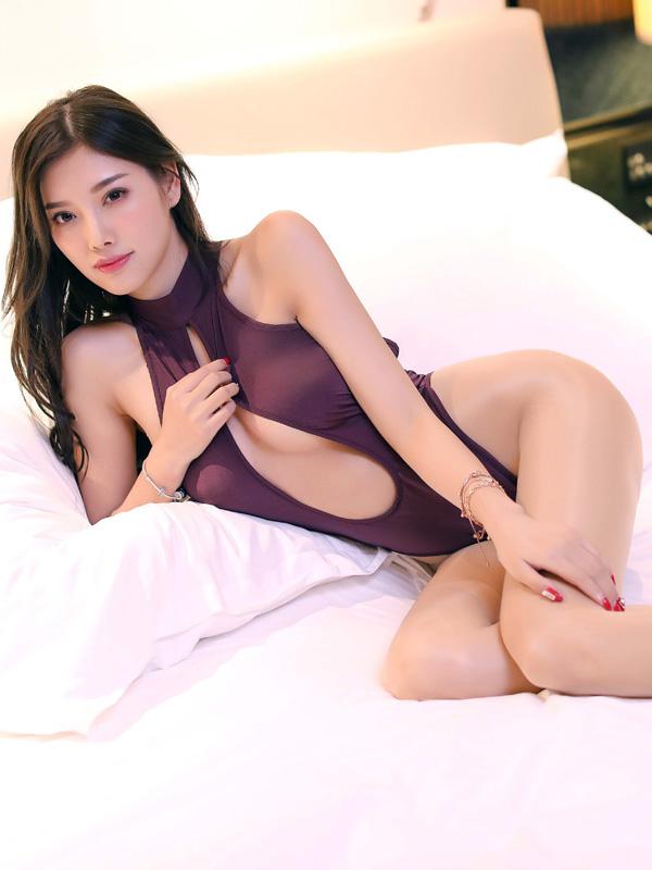 セクシー下着の通販商品:胸がはじける・オープン・ハイレグ・レオタード・紫・イメージ写真2