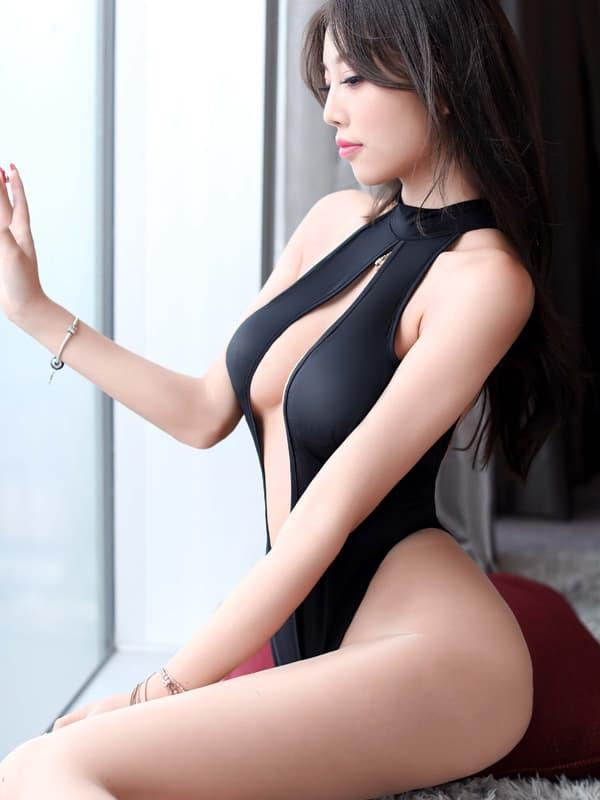 セクシー下着の通販商品:胸がはじける・オープン・ハイレグ・レオタード・黒・イメージ写真2